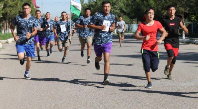 """Когон шаҳрида """"Youth Day"""" югуриш марафони ўтказилди"""